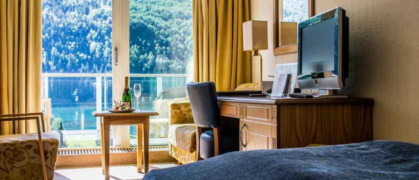 Alexandra Hotel, Loen, Norway - medium room.jpg